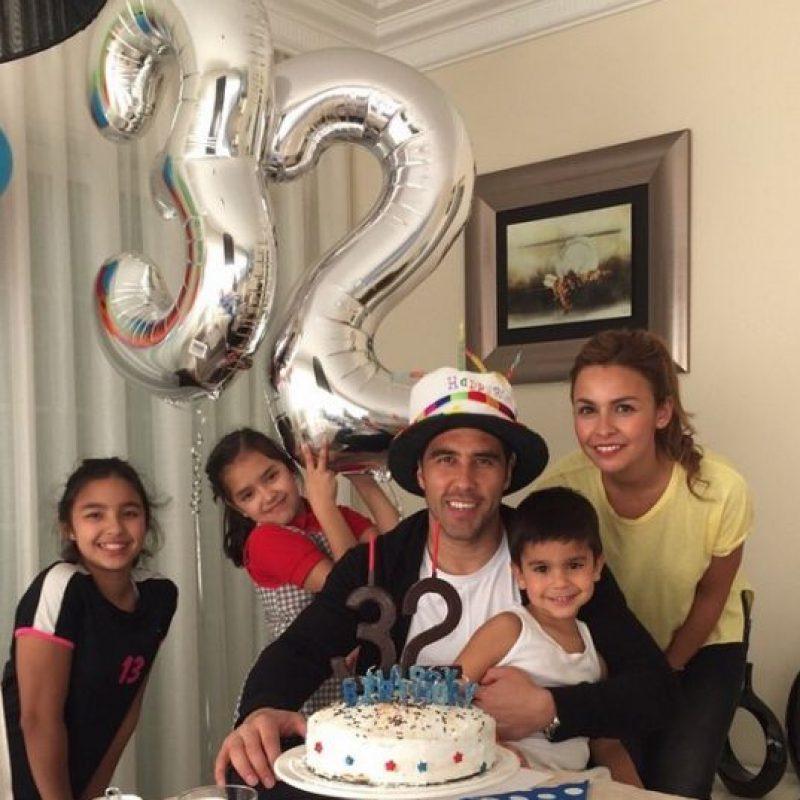 Hace dos días festejó con toda su familia, foto que compartió en sus redes sociales. Foto:Vía instagram.com/claudiobravo1