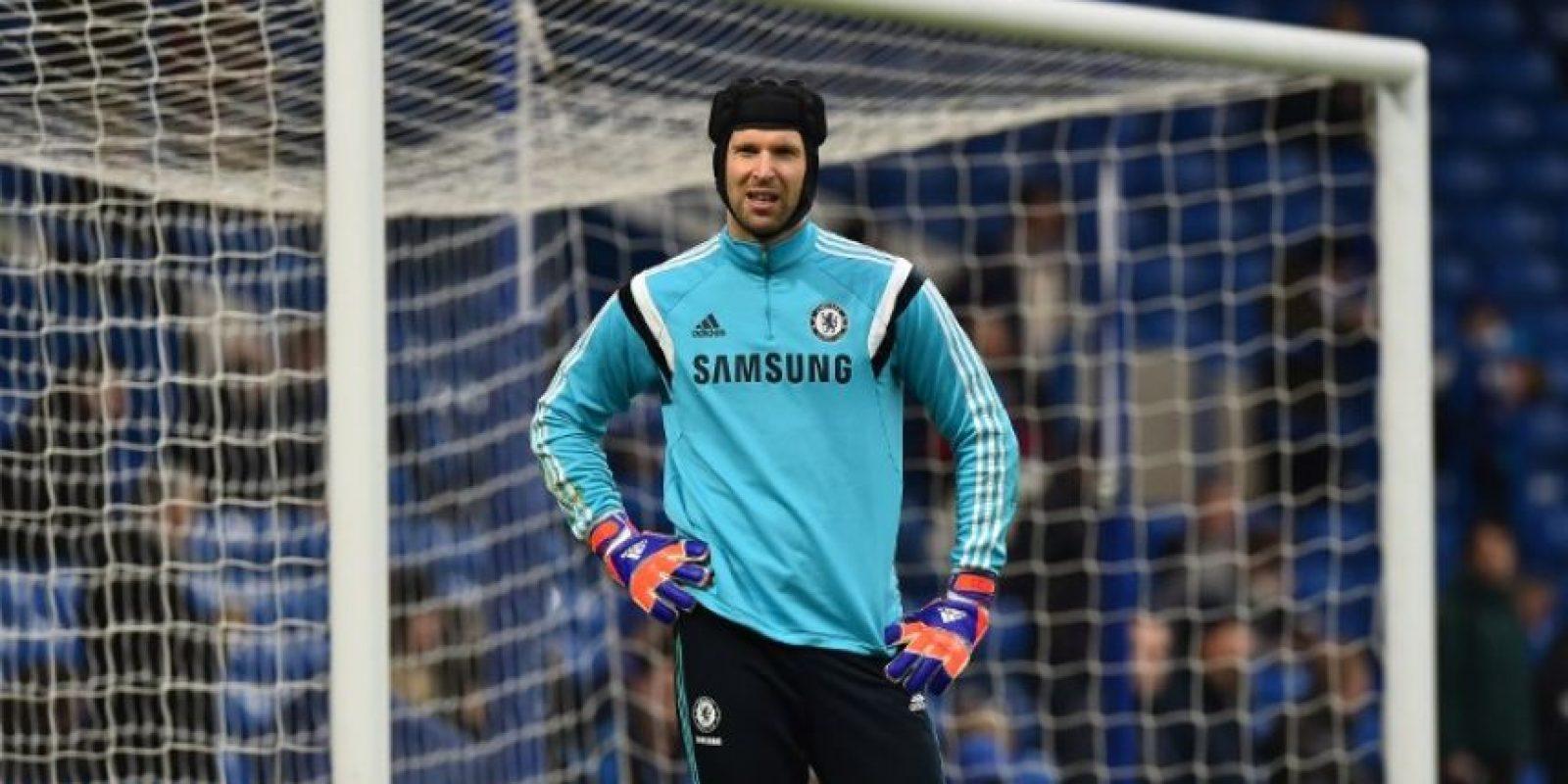 Cech respondió a quien lo consideró inferior que Oblak y le escribió en esa red social. Foto:AFP