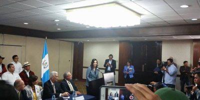 """Zury Ríos """"correrá"""" por la presidencia con el partido VIVA"""