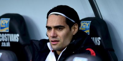 Liverpool, dispuesto a vender a Balotelli y traer a Falcao