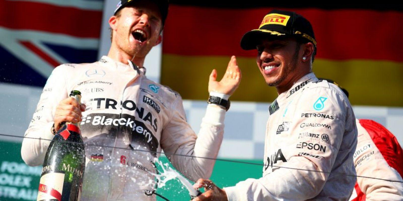 """""""No puede esperarse que los dos vuelvan a ser buenos amigos cuando saben que cuentan con un auto para ser campeones del mundo"""", dijo Toto Wolff, directivo de Mercedes. Foto:Getty Images"""