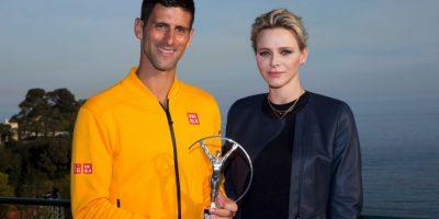 """""""Nole"""" no pudo ir a China por su premio, pero este le fue entregado en Mónaco por la princesa Charlene. Foto:Getty Images"""