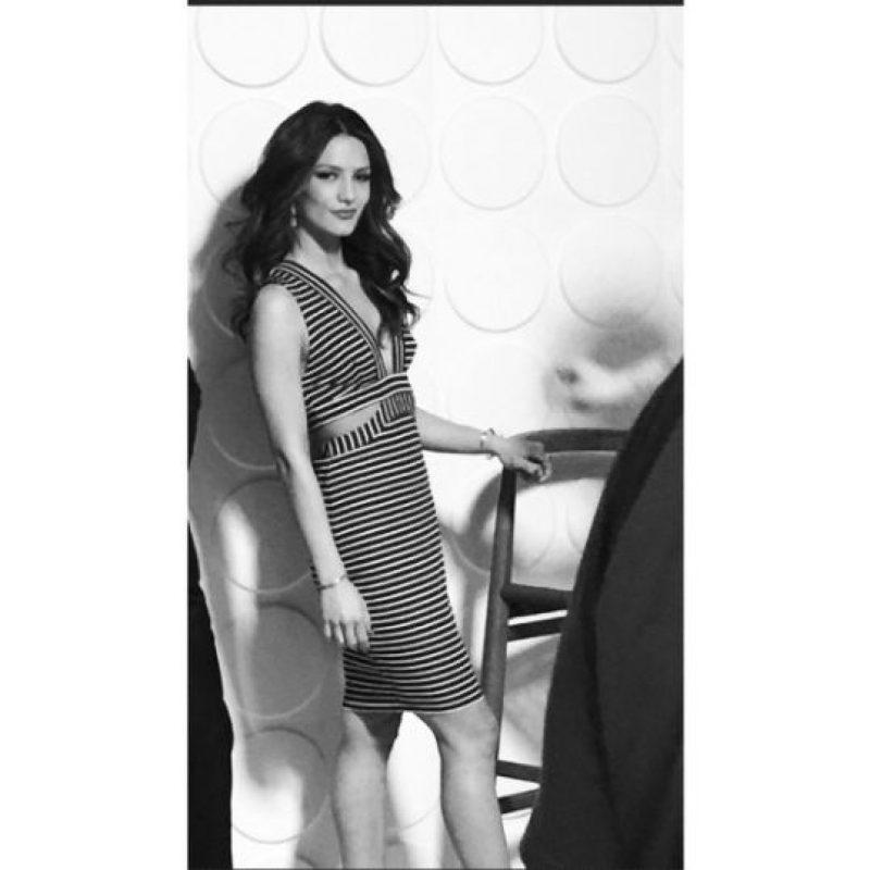 """""""Verla triunfar ha sido toda una inspiración por que está donde está, a punto de conseguir una estrella (en el paseo de la fama)… Y siento que es una inspiración no solo para mí, sino para todas las mujeres latinas"""", explicó en su entrevista con el programa """"Access Hollywood Life"""". Foto:Vía Instagram.com/sandravergara21"""