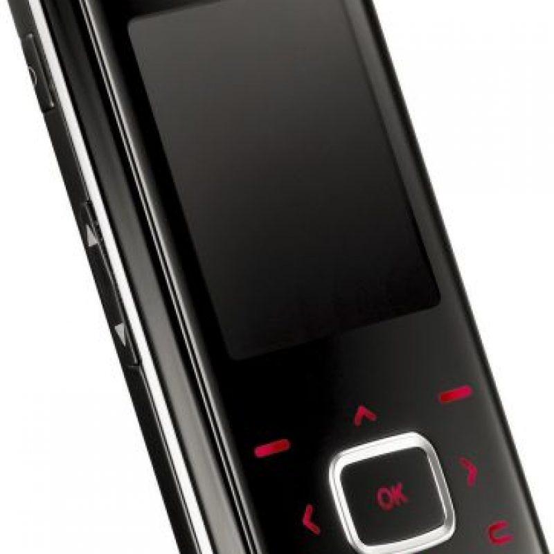 LG KG800, también conocido como LG Chocolate Foto:LG