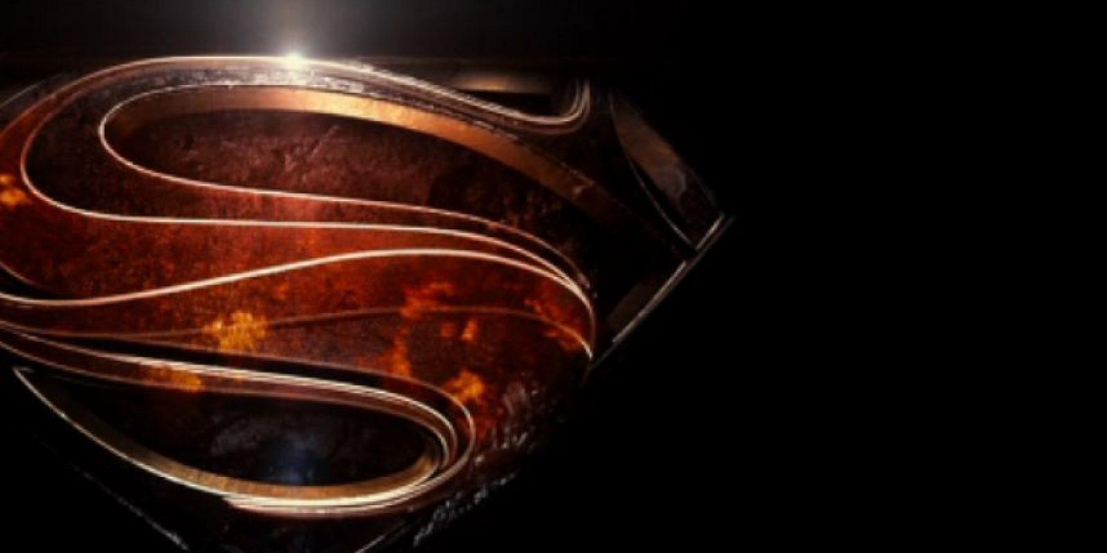 Al final, el símbolo más representativo de los dos queda fusionado. Foto:vía Twitter/Zack Snyder