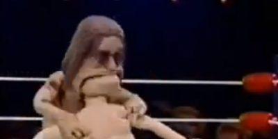Así que Ozzy Osbourne hace lo que hizo con un murciélago en un concierto: se come su cabeza y se la arranca. Foto:vía MTV