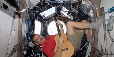 Disquera canadiense lanzará producción escrita y grabada en el espacio