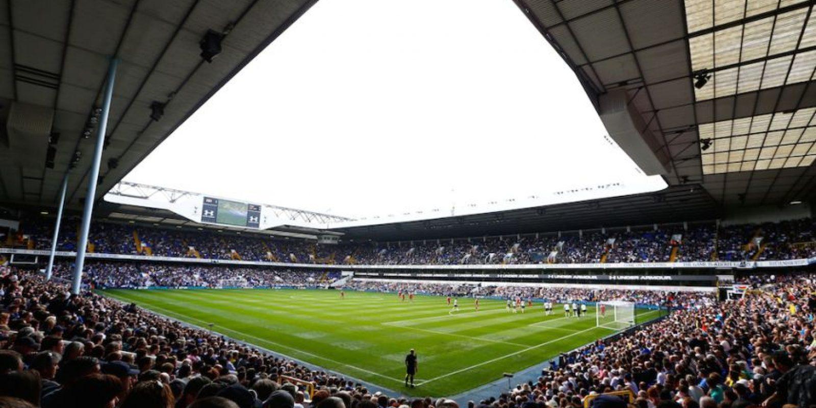 Fue el primer estadio de la Premier League inglesa en prohibirlos y los fans del Tottenham ya no los pueden llevar. Foto:Getty Images
