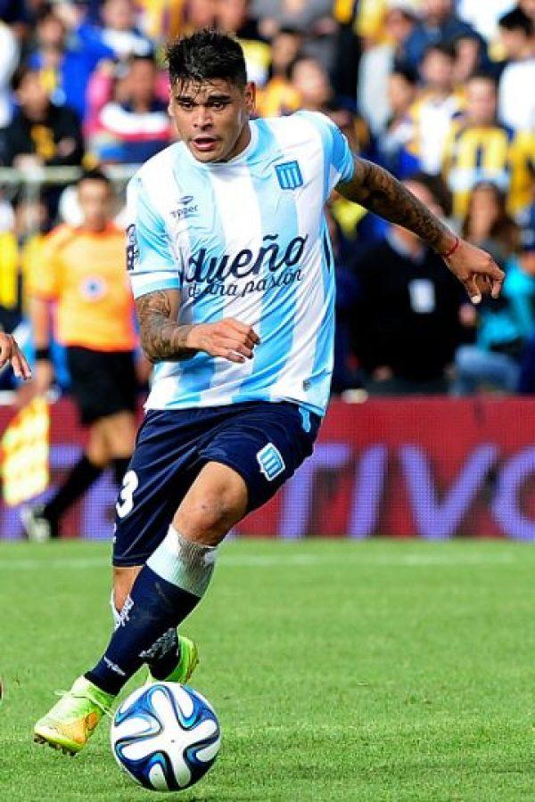 A los 14 años fue reclutado por River Plate, y debutó profesionalmente cuatro años más tarde. Foto:Getty Images