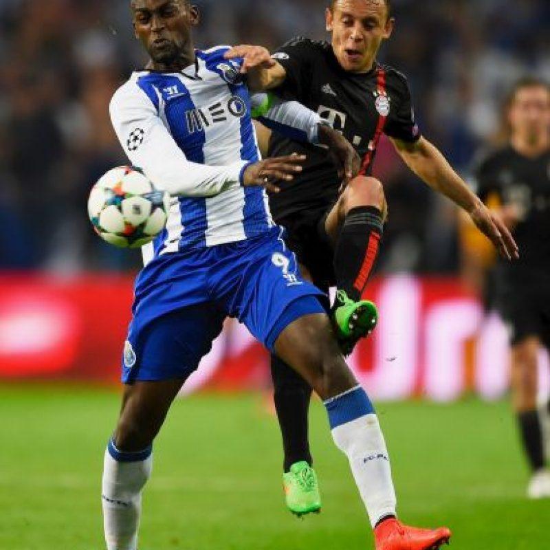 Jackson Maartínez. El colombiano cerró la cuenta de la valiosa victoria de Porto sobre Bayern Múnich Foto:Getty Images