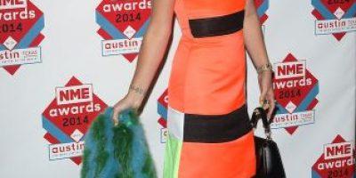 FOTO: Lily Allen sorprende con su fosforescente cambio de look