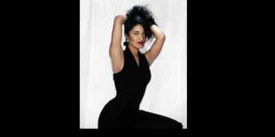 """En 1997, """"Don Francisco"""" logró reunir al cantante con su padre Felipe Muñiz, juntos interpretaron el tema """"El último beso"""". Foto:Vía Facebook.com/Selena"""