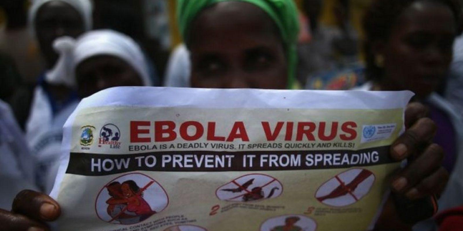 Fatu Kekula, una mujer de 22 años originaria de Liberia, salvó a su familia del Ébola, solamente utilizando bolsas de basura en septiembre de 2014 Foto:Getty Images