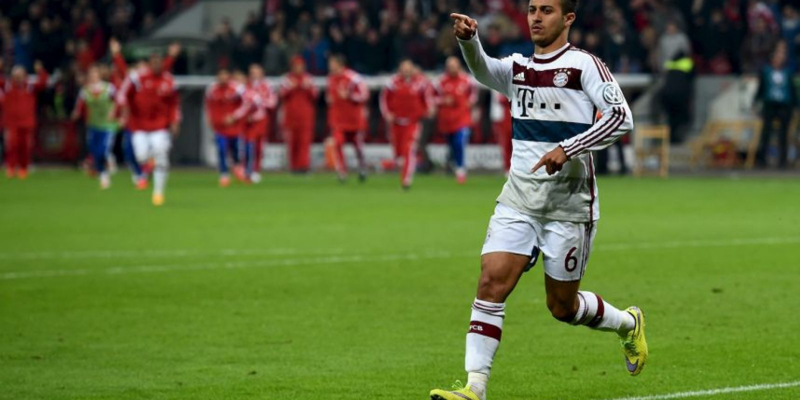 Fue el líder del Bayern Múnich y marcó una anotación que mantiene con vida a los bávaros en la serie contra Porto Foto:Getty Images