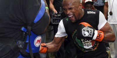 """Conor McGregor, peleador de la UFC, aseguró que en una pelea de artes marciales mixtas derrotaría fácilmente a """"Money"""". Foto:Getty Images"""