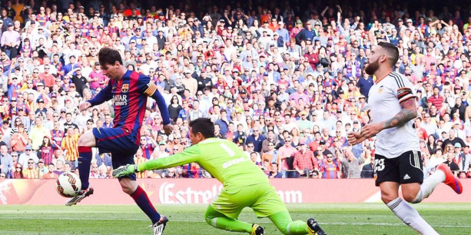 Messi hizo el segundo gol del partido contra Valencia. Foto:Getty Images