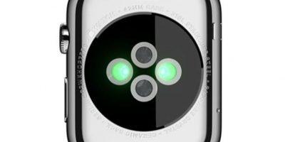 Conectividad: Wi-Fi, NFC, Bluetooth 4.0, sensor de frecuencia cardiaca, acelerómetro, giroscopio. Foto:Apple