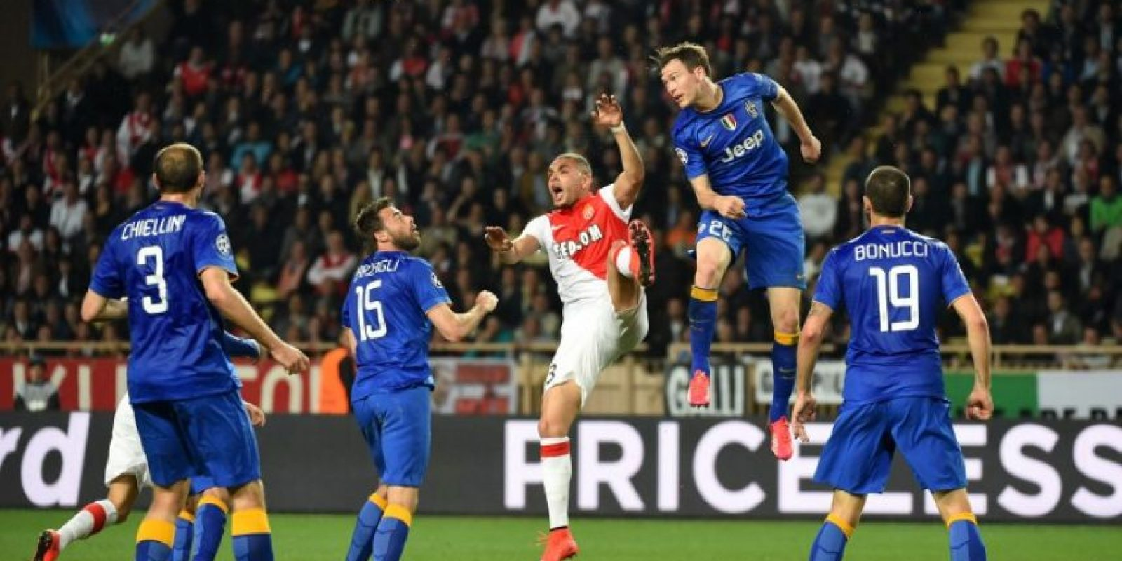 El equipo italiano hizo valer el gol de Arturo Vidal en el partido de ida y avanzó a las semifinales. Foto:AFP