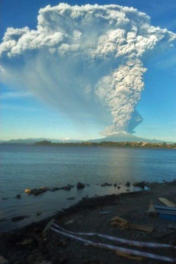 Mil 500 personas fueron evacuadas por motivos de seguridad. Foto:AFP