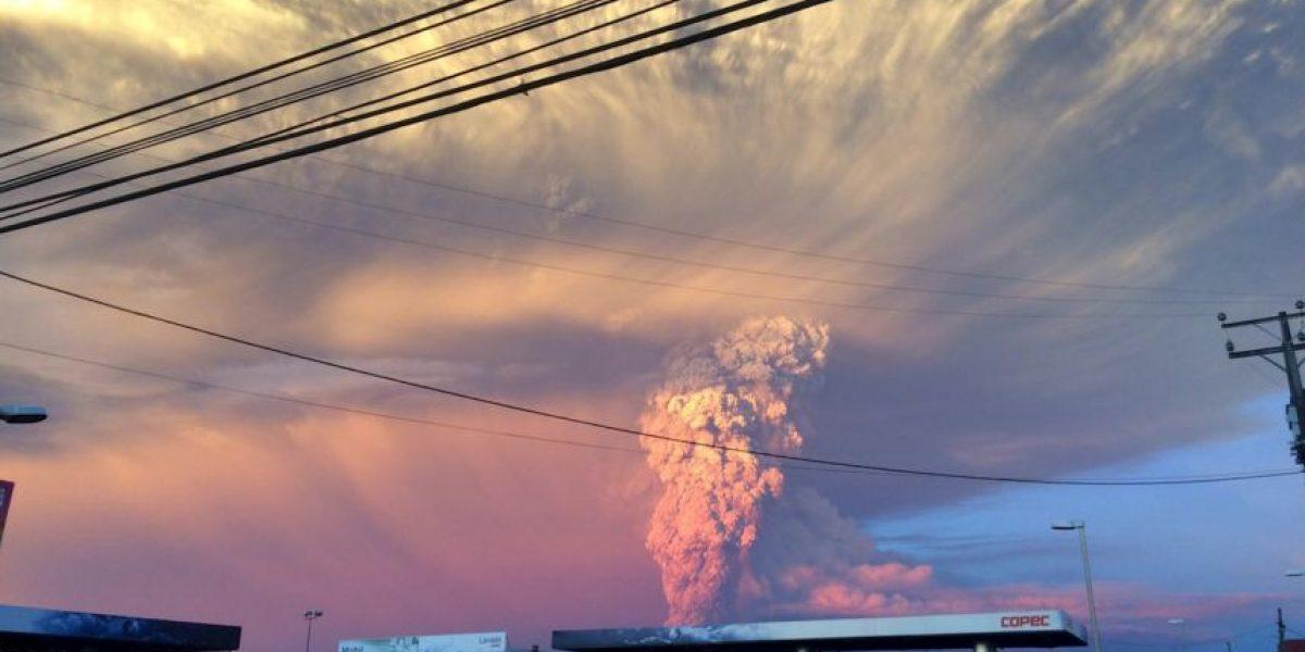 VIDEO: Niño graba impresionante erupción de volcán en Chile