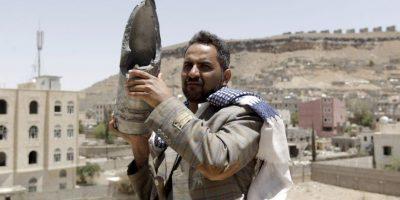 Regalarán 100 automóviles Bentley a soldados que bombardearon Yemen