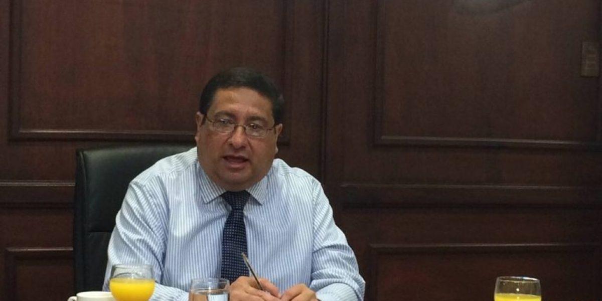 Ministro de Finanzas preocupado por moral tributaria tras caso SAT