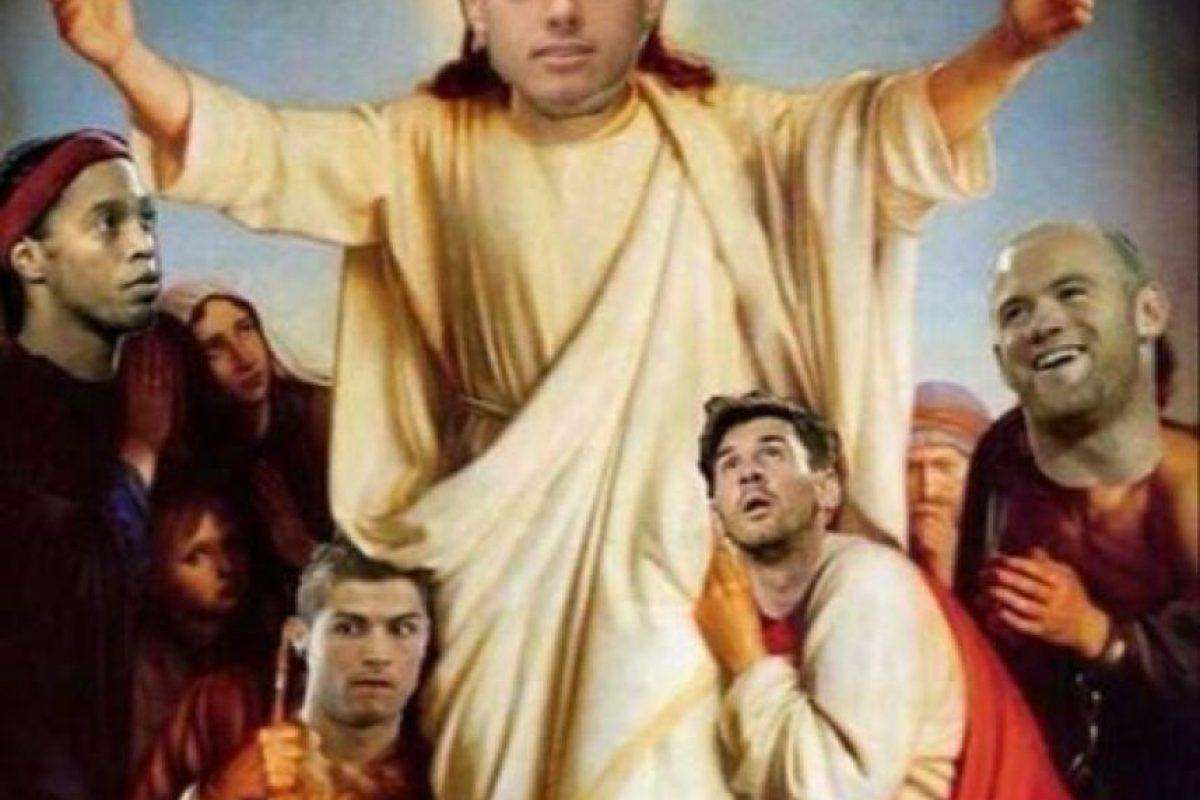 """Los mejores jugadores del mundo """"rendidos"""" a sus pies. Foto:Vía Twitter"""