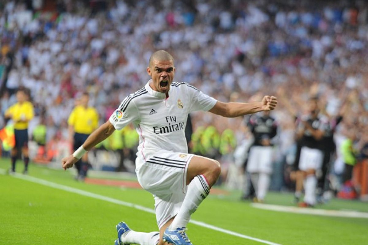 Pepe acompaña a Kroos Foto:Getty Images