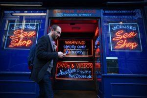 """Holanda, el país donde se encuentra la tienda """"El Ashira"""", cuenta con uno de los barrios más liberalizados del mundo en cuanto a temas de sexualidad. Foto:Getty Images"""