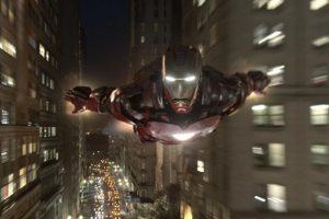 """El intérprete de """"Iron Man"""" inesperadamente se levanto de su asiento para abandonar el estudio de televisión. Foto:Facebook/Avengers"""
