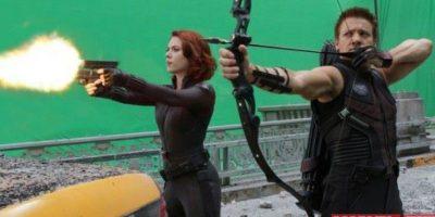 """En la cinta """"The Avengers"""", """"Black Widow"""" era íntima amiga de """"Hawkeye"""", sin embargo no se menciona que exista algún romance. Foto:Facebook.com/avengers"""