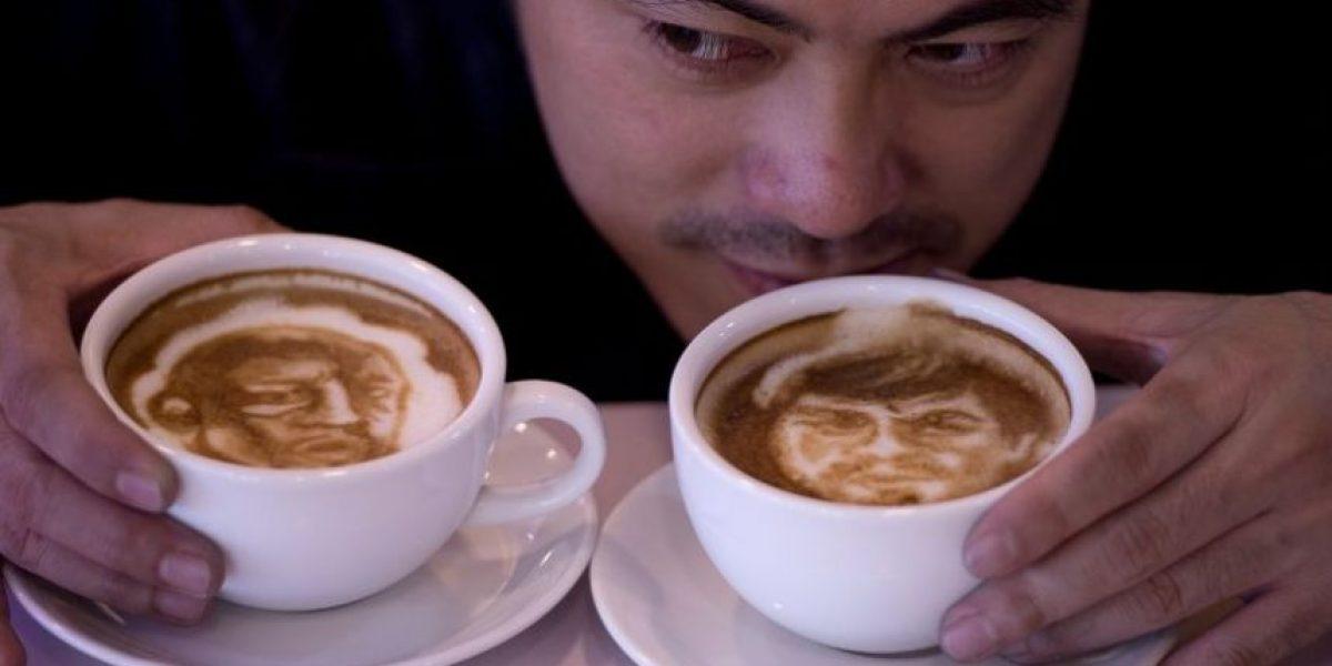 FOTOS: Artista dibujó los rostros de Pacquiao y Mayweather sobre café