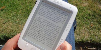 Los modelos de la empresa Booken destacan por su portabilidad y diseño. Esta empresa fue pionera en el desarrollo de los libros electrónicos Foto:Booken