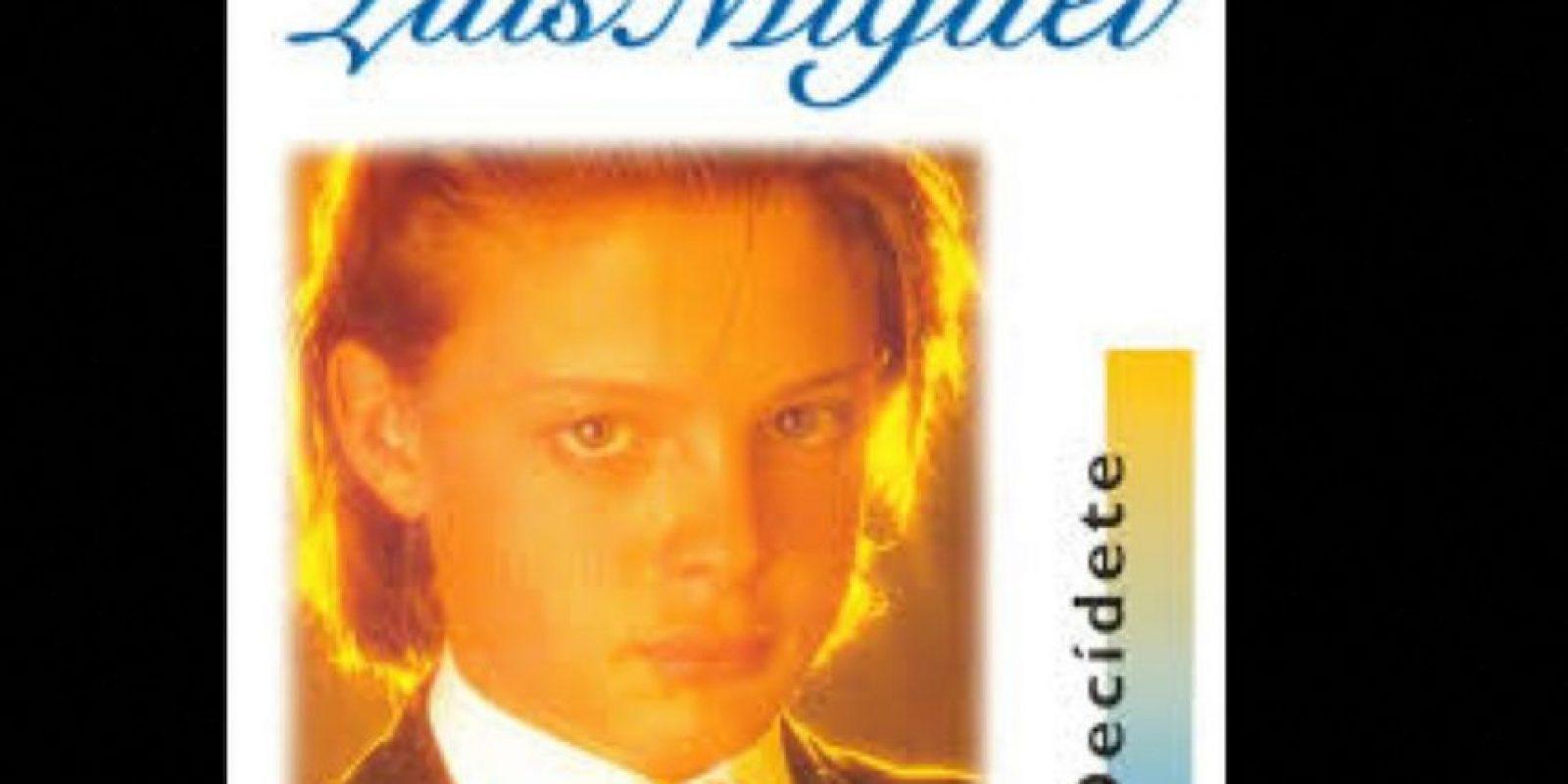 """Luis Miguel comenzó a la tierna edad de 12 años, en 1982. Antes de """"Decídete"""" ya tenía tres álbums de estudio. Foto:Coveralia"""