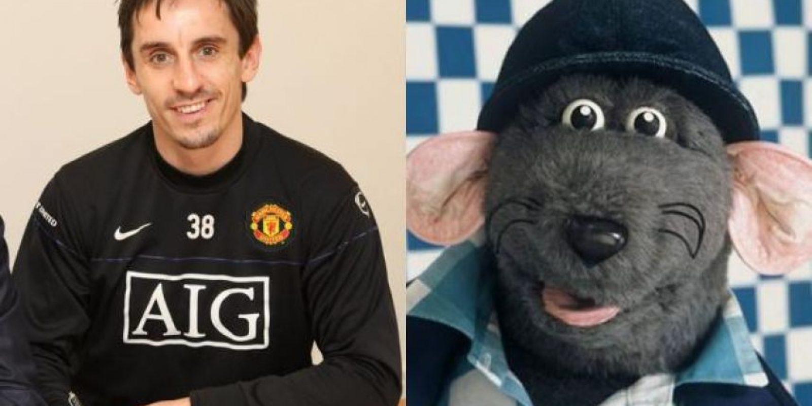 ¿Qué tal estos parecidos? El doble del ex futbolista inglés Gary Neville es Roland Rat, un personaje de televisión famoso en la Gran Bretaña. Foto:http://footyjokes.net