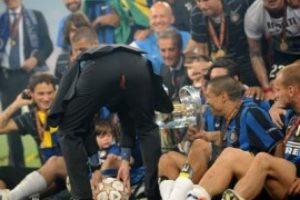 José Mourinho tuvo este accidente cuando ganó la Champions League con el Inter de Milán Foto:Getty Images