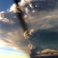 Así hizo erupción el volcán Calbuco en Chile. Foto:Agencia Uno/Publimetro Chile