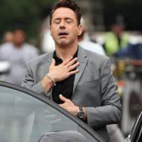 """Enterró toda la ropa que usó en la película """"Less than Zero"""" en su patio trasero. Esto, porque para él la película representaba su época autodestructiva. Foto:vía Facebook/Robert Downey Jr"""