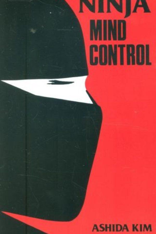 """""""Control Mental Ninja"""" está escrito por el maestro ninjutsu Ashida Kim, que enseña en Florida. Foto:vía CitadelPress"""
