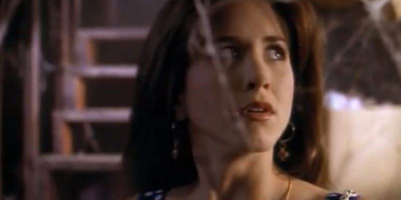 """Jennifer Aniston comenzó en 1993 con esta horrible película """"Leprechaun"""". Foto:vía Trimark Pictures"""