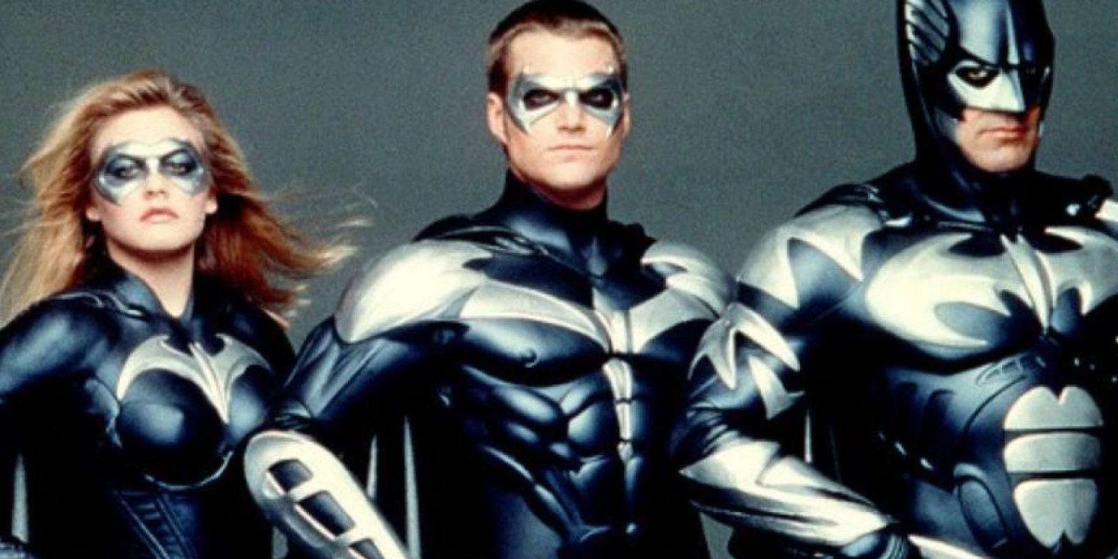 """""""Batman y Robin"""", de 1997, tuvo grandes nombres como George Clooney, Alicia Silverstone, Chris O'Donnell, Arnold Schwarzenegger y Uma Thurman. Foto:vía Warner Bros"""