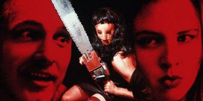 """Renee Zellwegger y Matthew McConaughey protagonizaron el clásico de culto (aunque malo) """"Masacre en Texas: la nueva generación"""", en 1994. Foto:vía Columbia Pictures"""