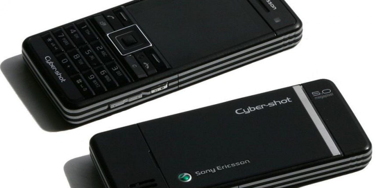 """Para la cinta """"Quantum of Solace"""", utilizó el modelo Sony Ericsson C902 Foto:Sony"""