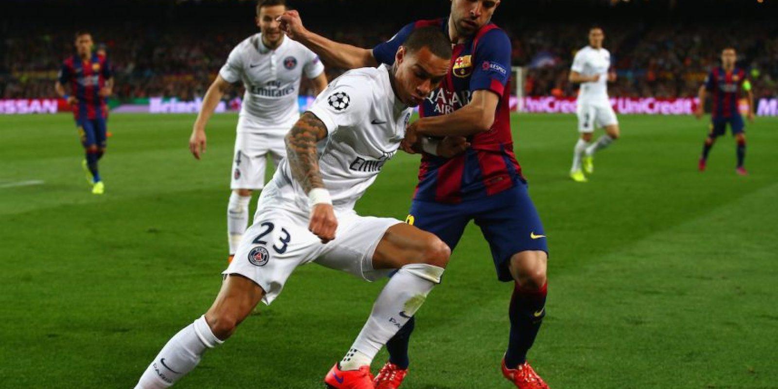 El defensa español tuvo grandes incorporaciones al ataque ante PSG, no dejó actuar a Edinson Cavani y sirvió varias veces a Neymar en el ataque. Foto:Getty Images