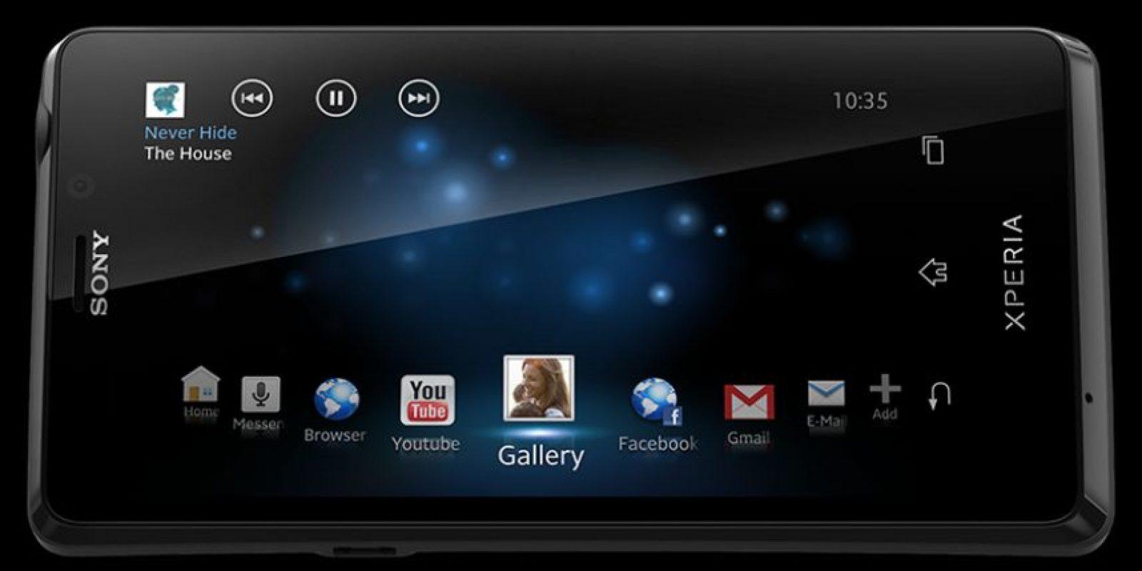 """Y en """"Skyfall"""" un Xperia T Foto:Sony"""
