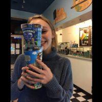 Y, al parecer, el helado Foto:Vía Instagram.com/lilyrose_depp