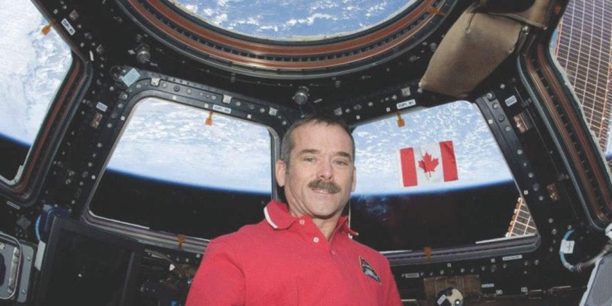 Chris Hadfield: Emisario voyerista de nuestro planeta