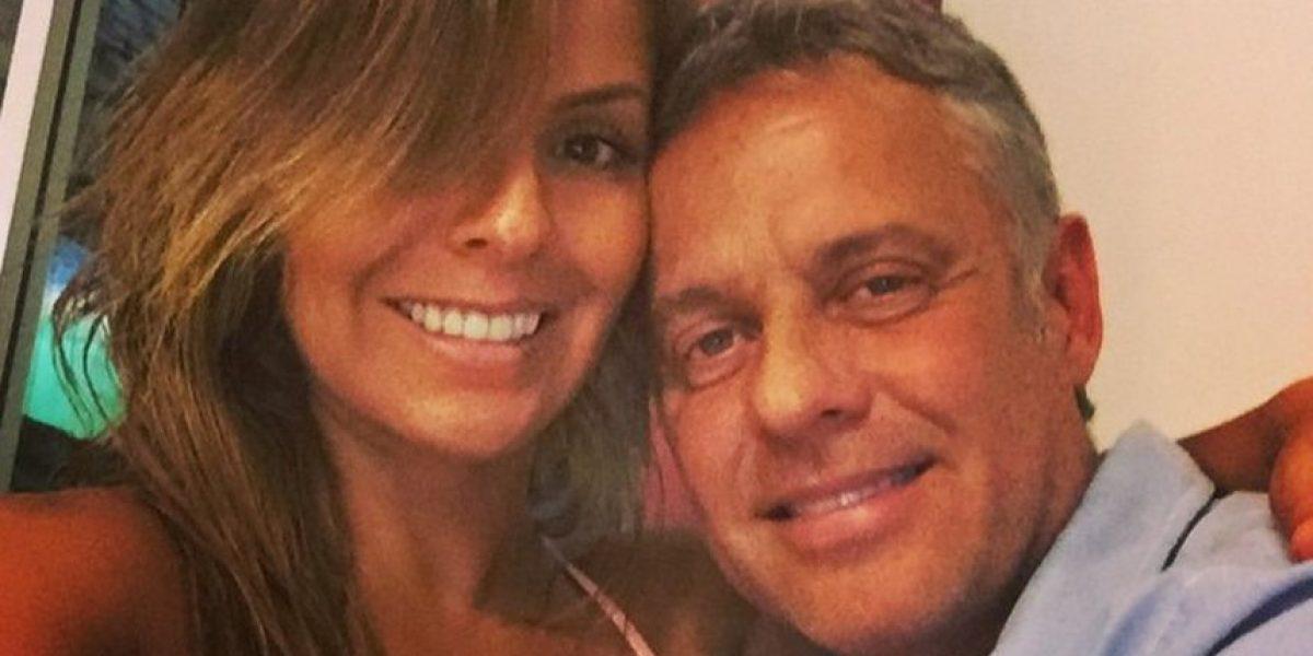 Famoso actor de telenovelas comparte foto de su esposa al desnudo
