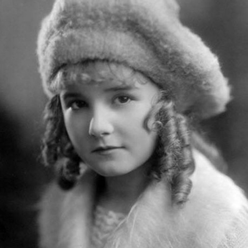 Lucille Ricksen era una actriz del cine mudo, quien falleció a los 14 años después de que se enfermó en el set y fue diagnosticada con tuberculosis Foto:Wikipedia