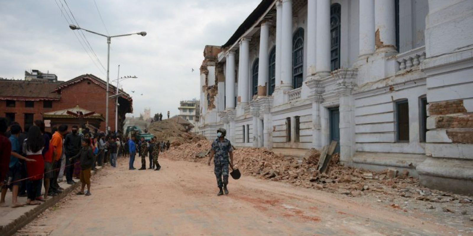 El terremoto y las réplicas del sábado en Nepal afectaron a casi el 40 por ciento del país, según informó el Programa de Desarrollo de las Naciones Unidas en Nepal (PNUD). Foto:vía AP